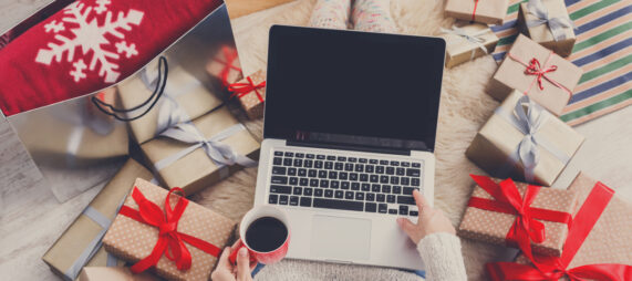 5 Ways to Stay Connected Over the Festive Season